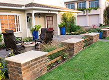 Traditional Patio Pavers With Sitting Wall