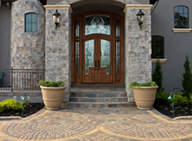 Dramatic Walkways Made Rfom Stone Pavers