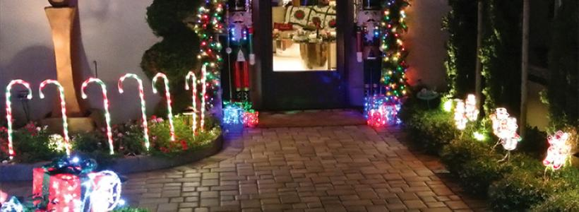 Deck out your yard with these fun holiday themes