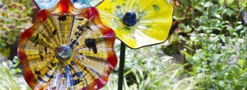 Bring Color, Design and Delight to Your Outdoor Living Space with Glass Art
