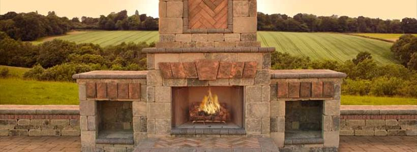 Fire Pit or Fireplace: 4 Questions to Ask When Making a Decision
