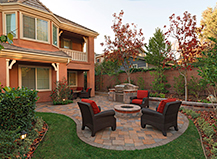 Circular Firepit Backyard Design