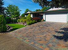 Driveway Pavers With Red And Green Trim