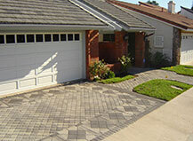 Contemporary Style Mixed Stone Driveway Pavers