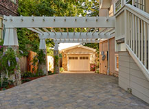 Angled Contemporary Style Driveway Pavers