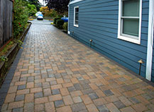 Paving Stone Driveway In Multi-Colored Pavers