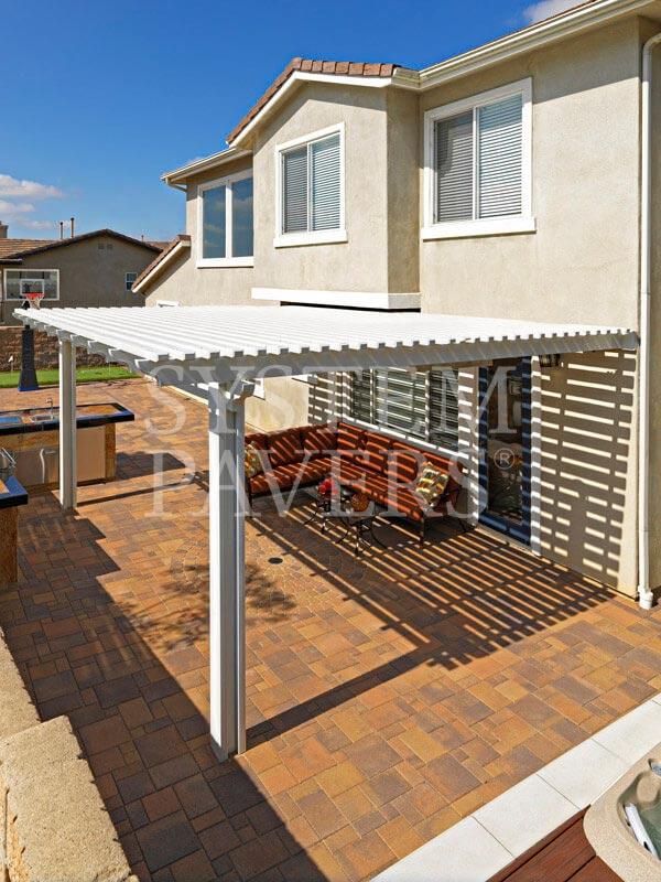 Patio pavers backyard pavers elegant patio solutions for Elegant patios