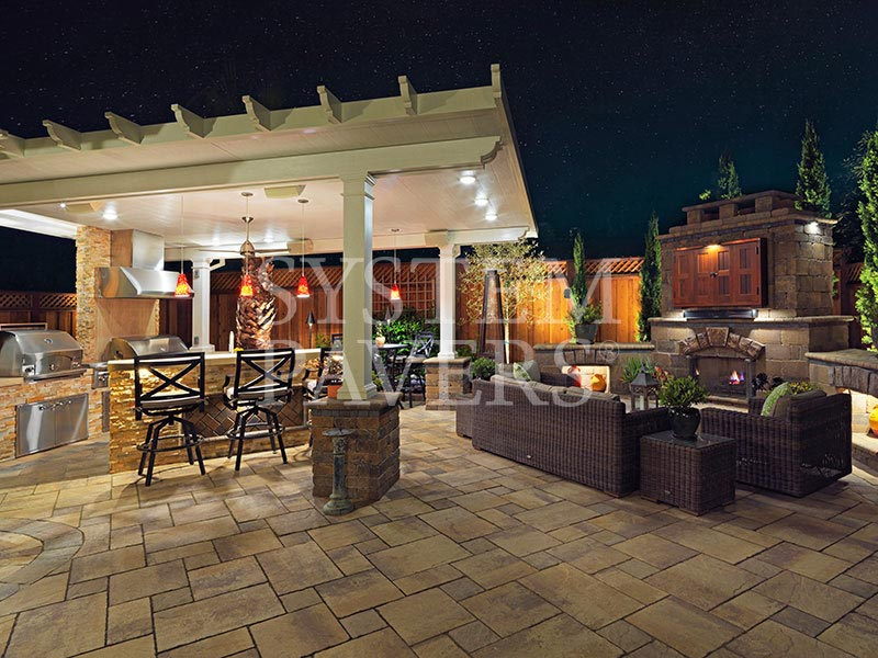... Patio Pavers With Pergola Bbq Island And Outdoor Lighting ...