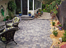 Traditional Grey Cobblestone Patio Pavers