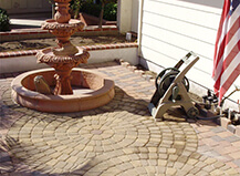 Traditional Style Mixed Patio Pavers