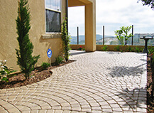 Traditional Style Uniform Patio Pavers
