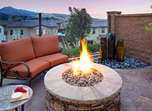 Traditional Style Patio Pavers With Fire Pit