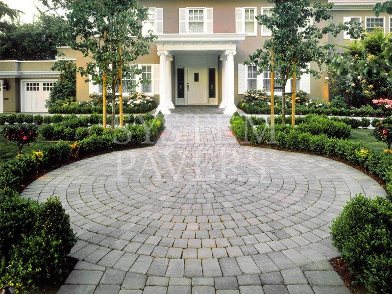 Walkway pavers front walkway garden landscape walkways for Half circle driveway design